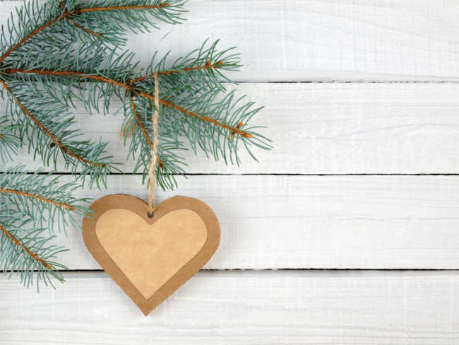 christmas-paper-heart-decorative-ideas