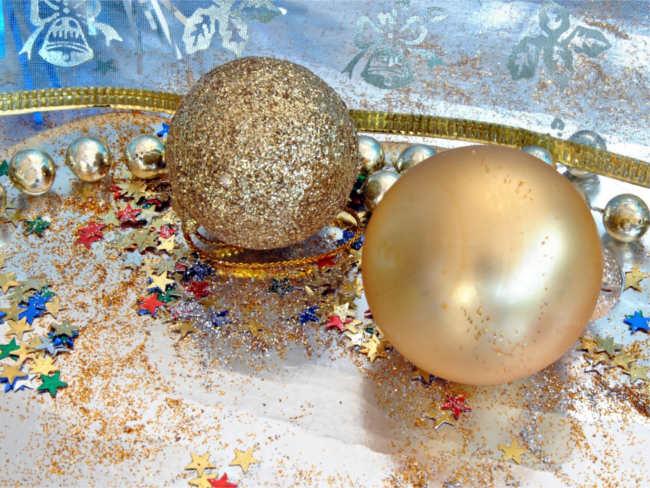 christmas-festive-ornaments-designs