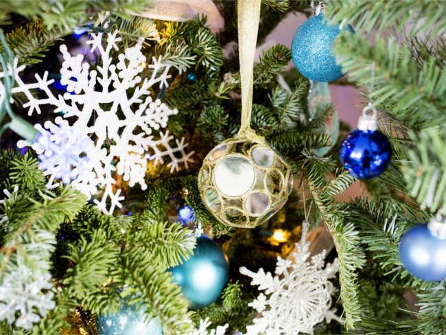 ribbon-christmas-ornaments-designs