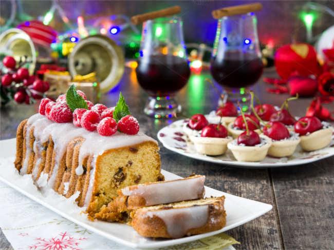 special-christmas-frutiy-cake