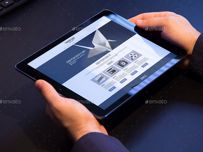 6 Photorealistic Tablet PSD Mock-Up