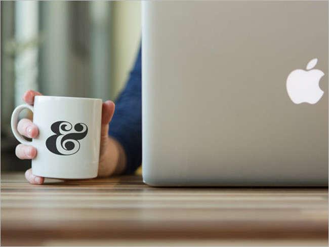 PSD Coffee Cup Mockup Design