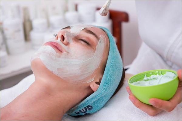 woman receving fascial massage