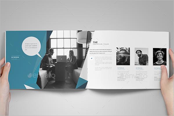 Custmozible Brochure Design