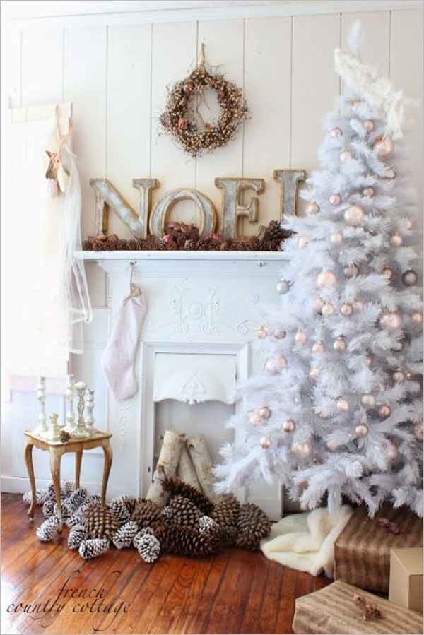 Abstract White Christmas Tree Design