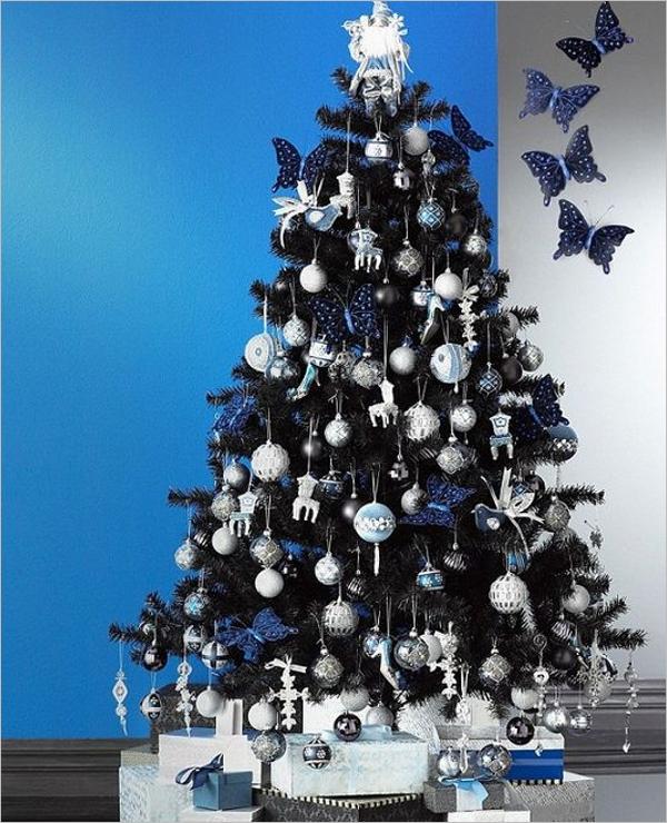 Free Black Christmas Tree Decoration Idea