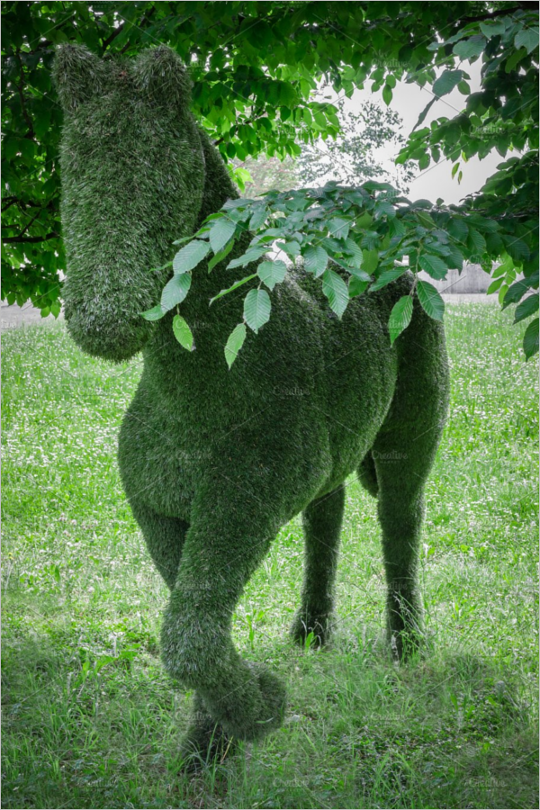 Animal Hedge Shaped Design