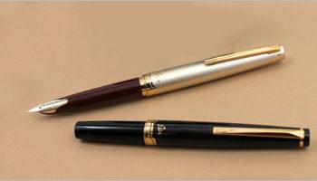 Free Pen Mockups