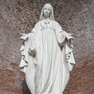 Statue in stone of Virgin Mary Free
